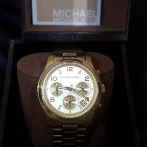 💥Sale💥Michael Kors  Gold/ Stainless Steel